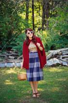 crimson burgundy OASAP cape - white heart OASAP sunglasses