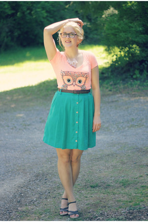 owl print Target t-shirt - Target skirt - Target sandals