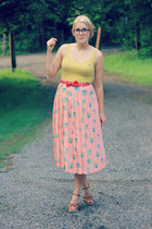 coral leaf print vintage skirt - mustard Target shirt