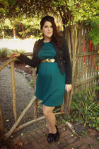 black vintage hat - forest green thrifted dress - nude polka dot Target tights
