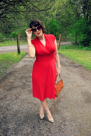 red retro JCPenney dress - brown JCPenney sunglasses