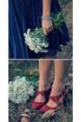 Magenta-thrifted-heels-teal-thrifted-dress-aquamarine-forever-21-bracelet