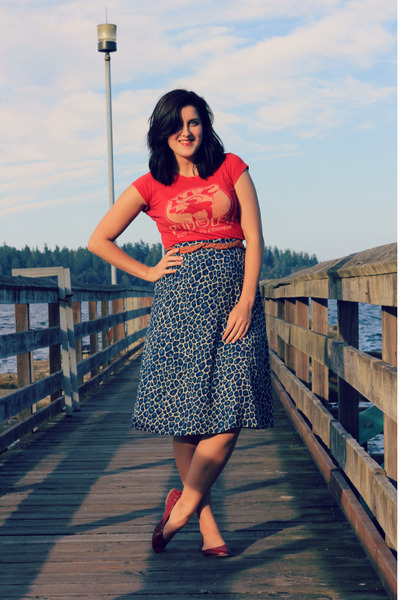 red thrifted shirt - blue animal print thrifted skirt
