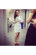 white dress - blue tote bag - red doll shoes Mitju flats