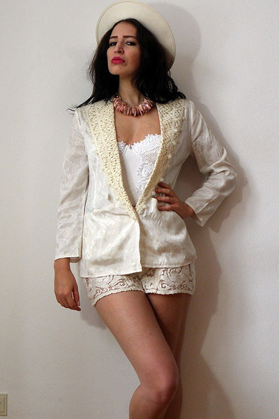 off white felt vintage hat - ivory silk jacquard vintage blazer