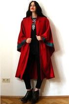 red wool lagenlook vintage cape - dark gray denim 7fam jeans