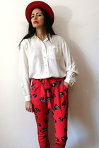 white vintage blouse - red felt vintage hat - red silk sarouel DKNY pants