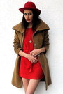Red-london-dress-camel-vintage-coat-red-felt-vintage-hat-gold-etsy-necklac
