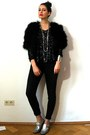 Dark-gray-drainpipe-7fam-jeans-black-marabou-feather-vintage-jacket
