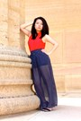 Red-h-m-top-navy-forever-21-skirt-black-aldo-heels