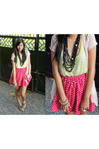 lime green lace top top - light pink rings accessories