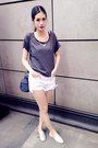 Silver-shoes-navy-zara-bag-white-shorts-gray-t-shirt