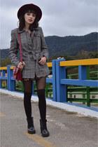Ramarim boots - plaid Hering coat - Macadamia bag