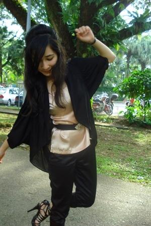 blouse - blouse - pants - purse - shoes - belt