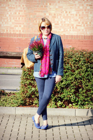 hot pink scarf - blue shoes - navy jacket - tawny bag