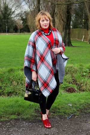red heels - black leggings - heather gray wool cape