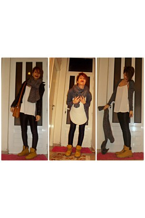 black Zara jacket - black Tally Weijl leggings - heather gray Gap scarf