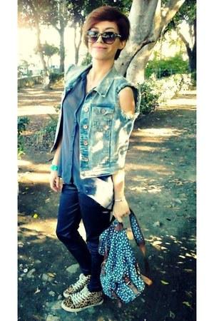 teal H&M shirt - blue Accessorize bag - crimson H&M sunglasses