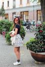 White-suncoo-jacket-white-suncoo-bag-red-sunboo-sunglasses