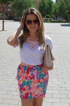 Lefties skirt - Stradivarius bag - Stradivarius sunglasses - H&M necklace