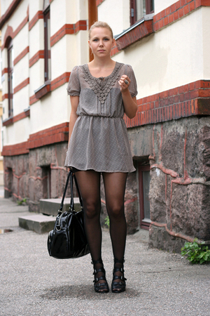 blouse - skirt - purse - boots