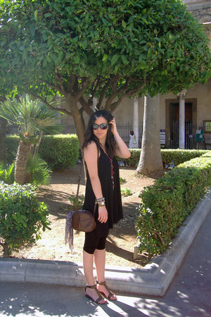 black cotton H&M dress - black H&M leggings - dark brown vintage Emy bag
