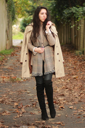 checkered Mango scarf - Stradivarius boots