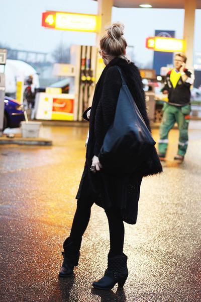 black ALL INFO ON MY BLOG jacket