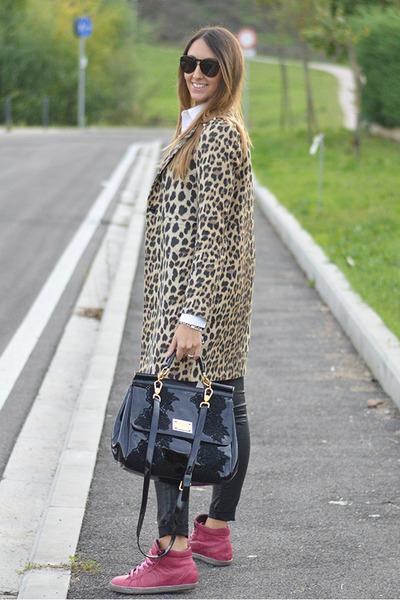 leopard print Zara coat - black Dolce & Gabbana bag - Dolce & Gabbana sunglasses