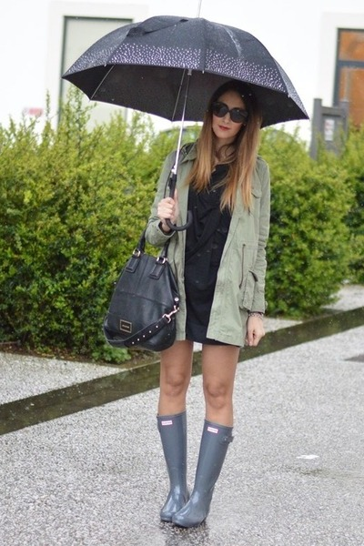 black Givenchy bag - heather gray Hunter boots - olive green parka Rifle jacket