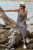 stripes chicnova dress - Panizza hat - Oakley sunglasses - yurban sneakers