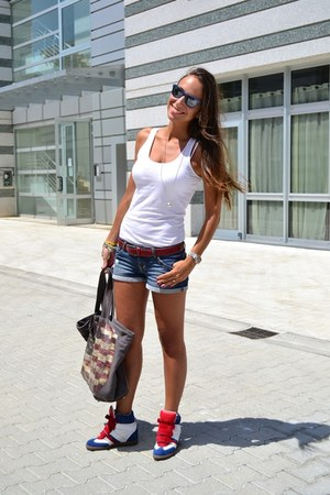Serafini sneakers - V73 bag - pull&bear shorts - pieces top