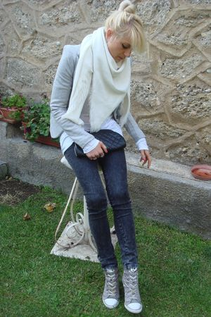 ASH boots - Chanel purse - BERSKA jacket - Zara jeans