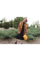 yellow Zara bag - black pull&bear vest