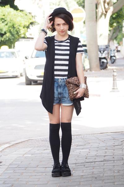 black H&M hat - blue Diesel jeans - white H&M shirt - black second hand vest