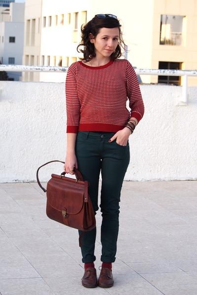 ruby red Zara jumper - dark green Zara pants