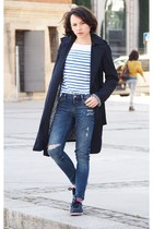 navy Zara coat - blue Zara jeans - navy nike sneakers