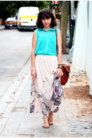light pink castro skirt - aquamarine unknown brand shirt - crimson Zara bag