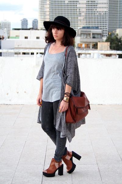 black Forever 21 hat - tawny Zara bag - dark gray H&M cape
