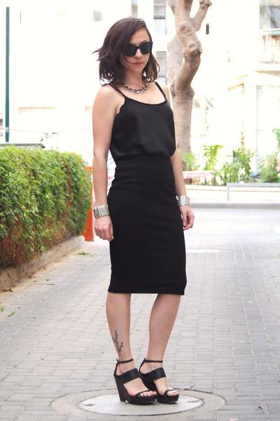 black Forever 21 skirt - black Nine West sandals