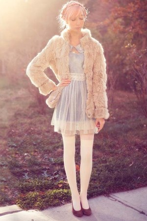 fur coat - tulle dress