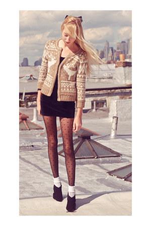 velvet American Apparel dress - Zara sweater