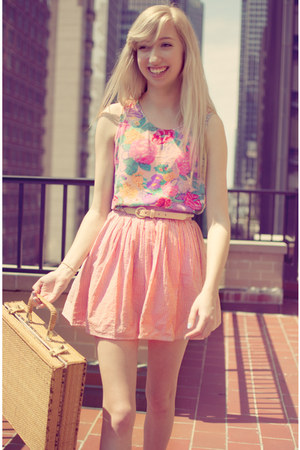 floral vintage blouse - pink striped American Apparel skirt