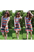 red striped  dress - black tory burch bag - black Karen Walker sunglasses