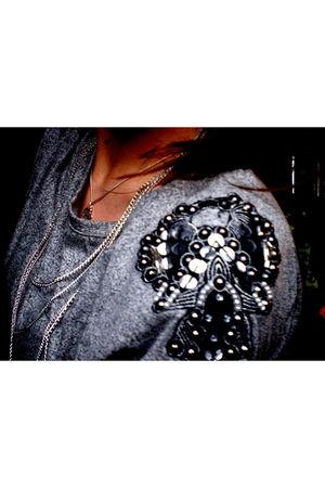 silver h&m divided shirt