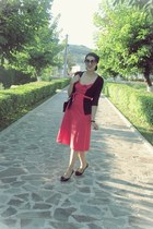 Zara bag - red vintage Betty Barclay dress - Oysho sunglasses - Oysho flats