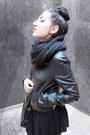 Leonardo-boots-zara-jacket-mango-leggings-david-jones-bag