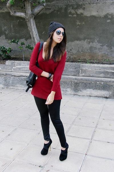 black Puma hat - black Stradivarius leggings - black Mulaya bag