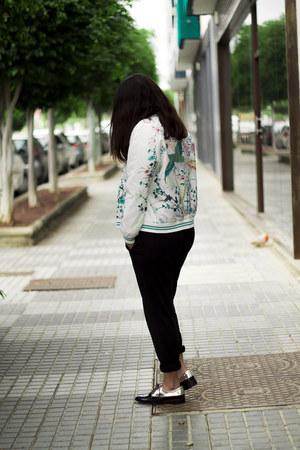 black Zara pants - white Oasapcom jacket - black Stradivarius flats