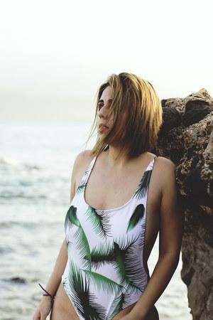 green zaful swimwear